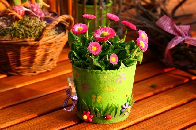 kytičkový květináč