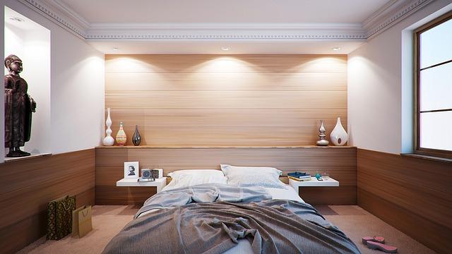 neustlaná postel.jpg